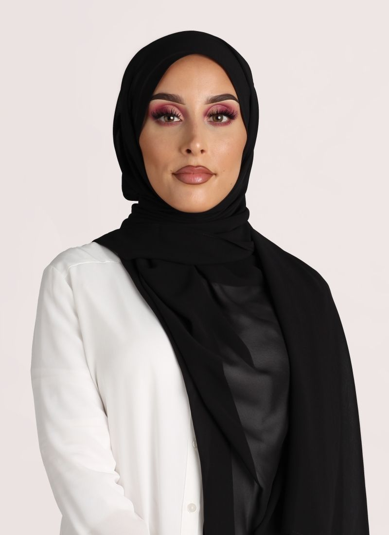 hijab color negro
